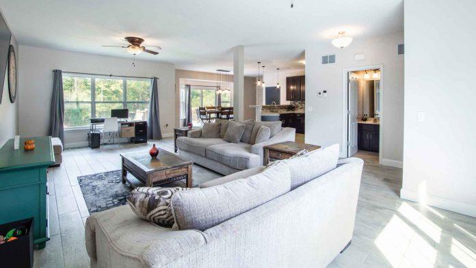 Holiday-Furniture-Upholstery-Need-on-HighQualityBlog