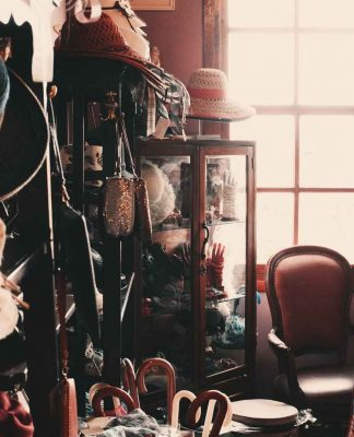 Lies-That-Help-You-to-Stick-in-Clutter-in-Your-Home-on-highqualityblog