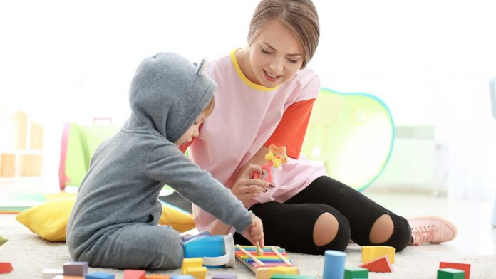 Tips-to-Effectively-Vacationing-With-Your-Nanny-on-HighQualityBlog