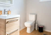 Checklist-of-the-Bathroom-Cleaning-Right-Now-on-highqualityblog.