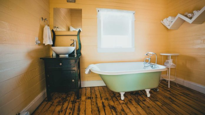Get-Best-Ways-to-Remodeling-Your-Basement-Bathroom-on-highqualityblog